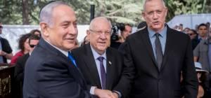 מקורבי גנץ מאשרים: 'שוקלים ממשלת מיעוט עם הערבים'