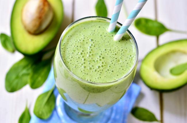 אחרי חנוכה - איזון. שייק בריאות ירוק