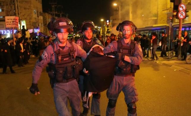 מעצר אחד מהמפגינים, אמש