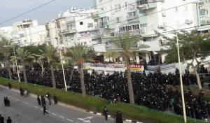 תיעוד: עצרת המחאה של חסידות גור באשדוד