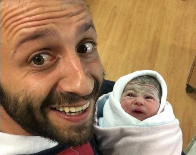 אבא ינקי והתינוקת החדשה