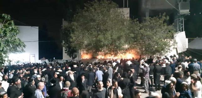 אלפי מתפללים הגיעו הלילה לקבר יהושע