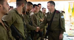 """כוכבי החמיא לחיילים: """"הגנתם על המדינה"""""""