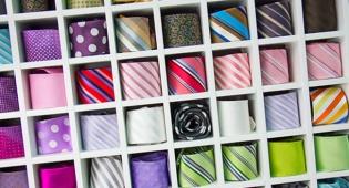 עניבות לא התחילו כפריט אופנה... - כמה דברים שלא ידעתם על עניבות. ומי מתנגד להן?