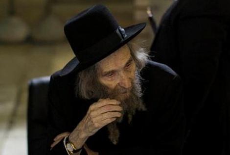 """הגראי""""ל שטיינמן - הרב שטיינמן: גם חתן צריך להצביע"""