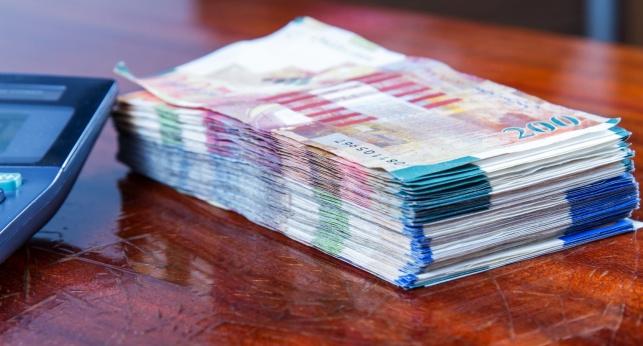 השכר החציוני גדל ל-6,707 שקל ברוטו בחודש