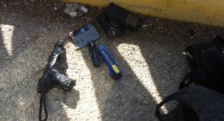 האקדח המאולתר שנמצא אצל החשודים