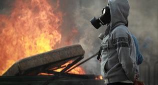 מהומות בירושלים - רעולי פנים מתפרעים במזרח י-ם