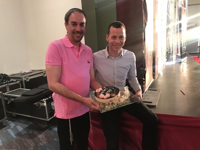 עמירן דביר חגג יום הולדת לעמית סגל • צפו