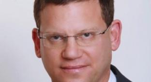 """עו""""ד רונן מטרי - עורך הדין שמקבל תיקי פירוק מאשת רואה החשבון שלו"""