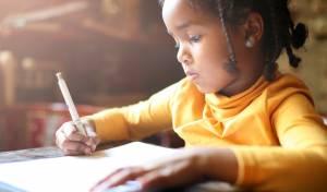 תנו להם להתמודד עם שיעורי הבית בעצמם