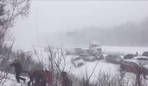 התאונה המוזרה - 50 רכבים, בתאונת שרשרת, בסופת שלגים. צפו
