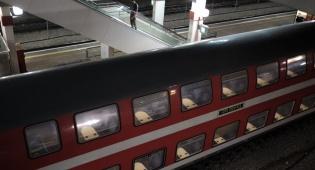 גלגל של רכבת משא גרם לנזק למסילה