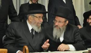 """הרב בלינוב (משמאל) יחד עם חמיו הגרמי""""ל לנדא"""