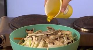 תכנית בישול לילד: סלט שורשים בריא וטעים