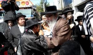 מנהיג הכת שלמה הלברנץ - משפחות נפגעי ה'כת': הרב הלברנץ לא טבע