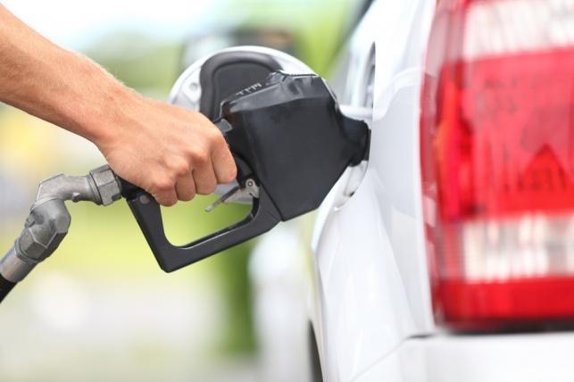 דלק תחנת דלק תדלוק רכב בנזין סולר