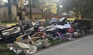"""ממראות ההרס של הוריקן הארווי - הסופה 'מריה' מכה בקריביים: """"מתפללים"""""""