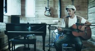 קובי יעקב אלקובי בסינגל חדש: האזינו השמים ואנגנה