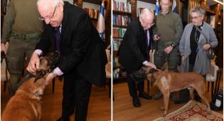 """הנשיא אירח את לוחמי הימ""""מ והכלב רמבו"""