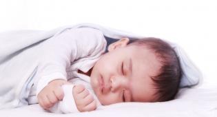 אילוסטרציה - ההורים היו בדרך להלוויה וגילו כי התינוק חי