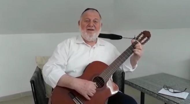 שמואל ברונר בדבר תורה, חיזוק ושיר • צפו