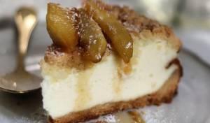 עוגת גבינה עם תפוחים מקורמלים