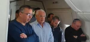 בדרך לטראמפ: מתפללים 'מנחה' במטוס