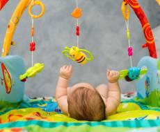 התינוקת ניצלה. אילוסטרציה - ערנות ההורים והצוות הרפואי הצילו את התינוקת