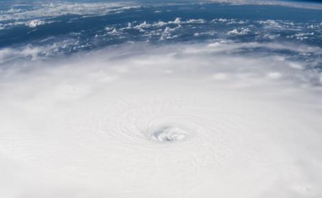 """הוריקן אירמה, מהחלל - """"עשרות מיליונים יושפעו מההוריקן 'אירמה'"""""""