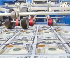 הדפסת דולרים. אילוסטרציה - לא תאמינו מה אפשר להדפיס היום חוץ מדולרים