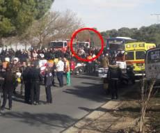 זירת הפיגוע, היום - ארבעה נרצחו ו-15 נפצעו - בפיגוע דריסה בארמון הנציב