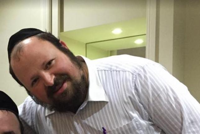 יומי ומשה רוזנבאום בסינגל חדש: אידישע דורות