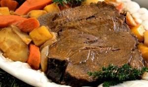 צלי כתף עם ירקות שורש בנוסח שווייצרי - משובח: צלי כתף עם ירקות של השף ישראל דודק