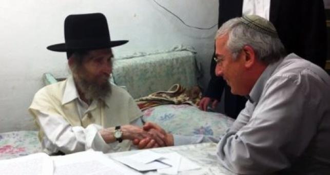 """יהודה פינסקי עם מרן הגראי""""ל שטיינמן"""