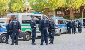 שוטרים גרמנים, ארכיון