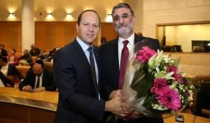 """חיים כהן וראש העיר ניר ברקת - יועצו של ברקת: """"חיים כהן נמצא בתוך כלוב"""""""