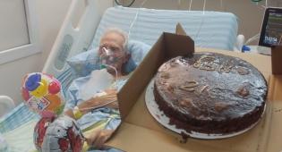 יום הולדת במחלקת קורונה