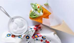 קונוס טורטיה פיקנטי במילוי גבינות ופלפלים