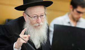 """בהוראת האדמו""""ר מגור: יעקב ליצמן מתפטר"""