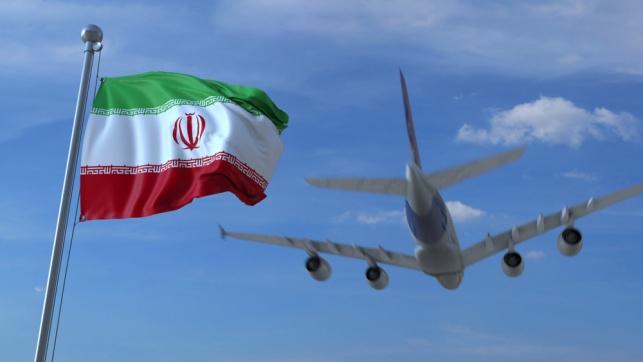 איראן הודיעה: נחשוף מטוס קרב חדש שלנו