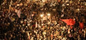 """""""לא חייזרים"""": אלפים מפגינים שוב בבלפור"""