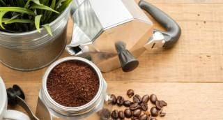 שכחו מסודה לשתייה - קפה יעשה סוף לריח רע במקרר