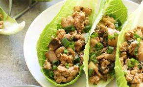 ראפ עוף עם פטריות וערמונים - צפו: ראפ עוף ופטריות בסגנון תאילנדי