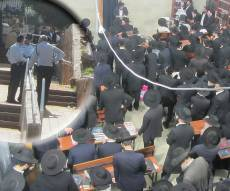 היכל בית הכנסת וסיור מפקדי המשטרה