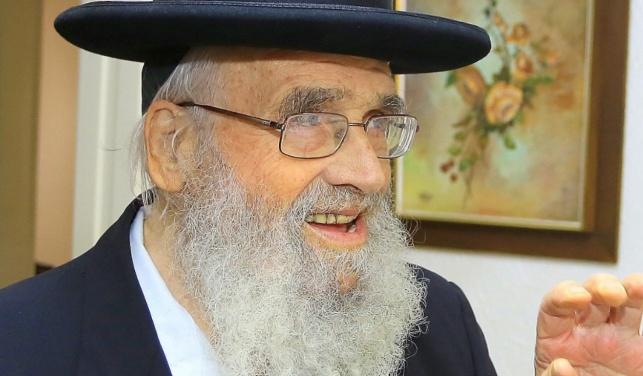 """לאחר מחלה: הגאון רבי משה שטיגל זצ""""ל"""