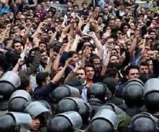 """""""מוות לדיקקטטור"""". המחאה בעיר גורגאן - רחובות איראן שוב בוערים: 'מוות לדיקטטור'"""