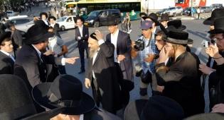הרב משה בוסו הותקף בהפגנת 'הפלג' • צפו
