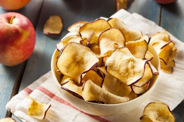 צ'יפס תפוחי עץ בתיבול קינמון