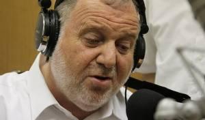 """שמואל ברונר מחדש בסינגל חדש: """"מודים"""""""